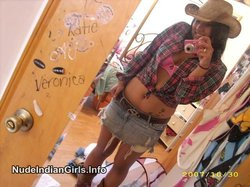 Homemade selfshot pics of young indian girl changing her clothes in front of mirror